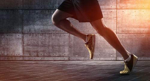 鞋内暗藏AI私人教练 世界首款智能运动跑鞋来了