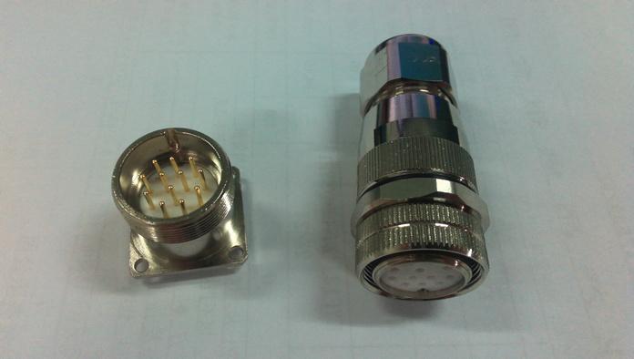 M23电缆插头