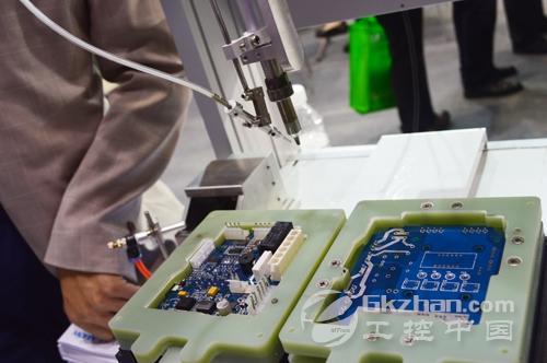 双工作台桌面式焊锡机器人